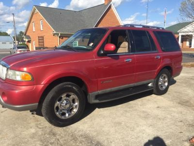 2002 Lincoln Navigator Base (Red)
