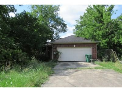 3 Bed 2 Bath Preforeclosure Property in Houston, TX 77028 - Fields St