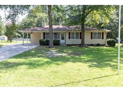 3 Bed 2 Bath Foreclosure Property in Macon, GA 31211 - Country World Dr