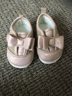 Cute baby crib shoes 3-6 months