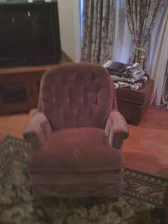 Pink Swival Chair