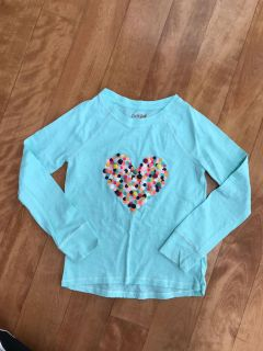 Cute Cat and Jack shirt with Pom Pom heart in girls size 7/8
