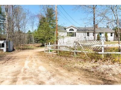 2 Bed 2 Bath Foreclosure Property in Nottingham, NH 03290 - Kennard Rd