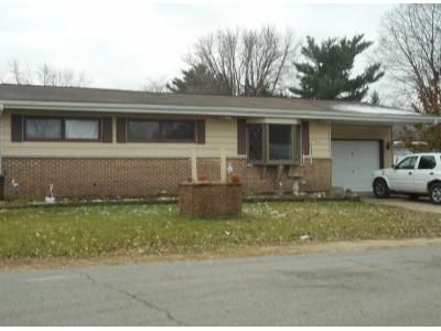 3 Bed Preforeclosure Property in Belvidere, IL 61008 - W Menomonie St