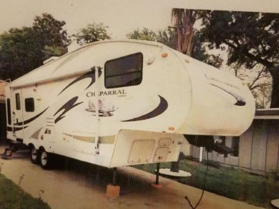 2007 30 ft. Coachman Chaparral Lite 281.793.1820