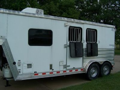 2009 2 horse slant load gn Keifer Built lq trailer