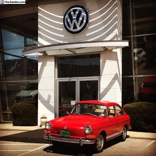 1972 FASTBACK VW