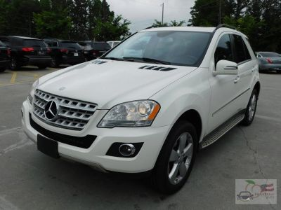 2011 Mercedes-Benz M-Class ML350 4MATIC (White)