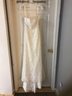 Wedding gown,Strapless, ivory, size 6