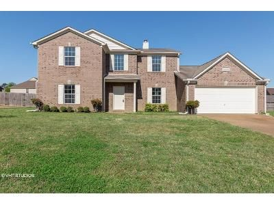 4 Bed 2.5 Bath Foreclosure Property in Memphis, TN 38135 - Rivercrest Ln
