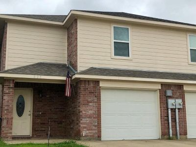 Lovely 3 Bed / 2 Bath Townhouse for rent in Princeton, Tx