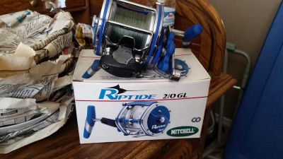 Riptide fishing reel, excellent condition, $25
