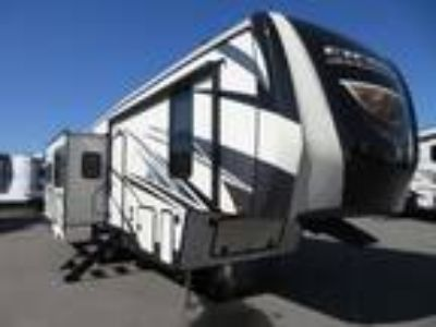 2019 Forest River Sierra HT 2950TRIK Three Slideouts /Four Point Electric Leve