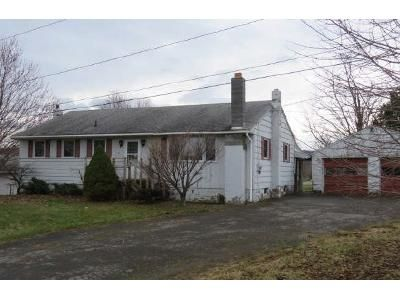 3 Bed 1 Bath Foreclosure Property in Canastota, NY 13032 - Seeber Rd