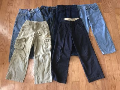 Lot of Boy s Jeans and Pants (6) in excellent condition, Size 8