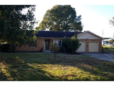 Preforeclosure Property in Orange, TX 77630 - Suncrest Dr
