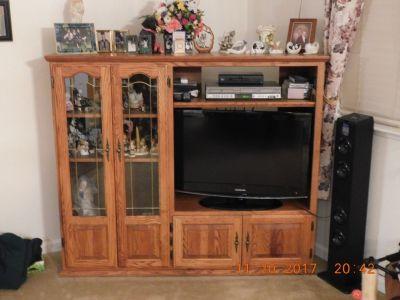 Medium  Oak Television Cabinet