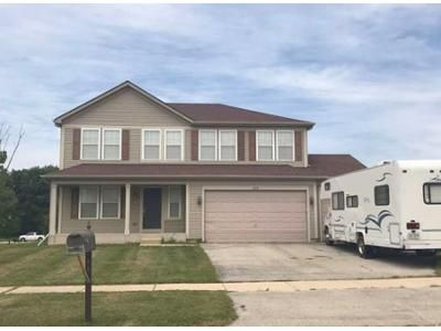 3 Bed 2.5 Bath Foreclosure Property in Machesney Park, IL 61115 - Edgewood Rd