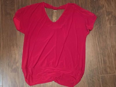Red spandex shirt - size 1x
