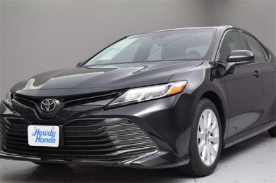 2018 Toyota Camry le (BLACK)