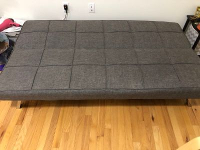 Couch/convertible futon/sofa bed