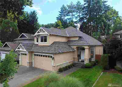16226 33rd Ave SE Mill Creek Four BR, IMMACULATE!