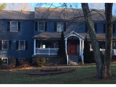 4 Bed 2 Bath Preforeclosure Property in Monroe, CT 06468 - W Maiden Ln