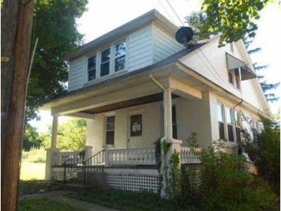 3 Bed 1 Bath Foreclosure Property in Temple, PA 19560 - Park Ave