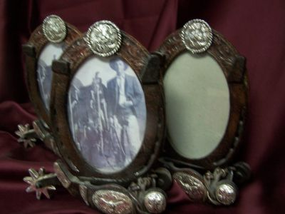 3 Oval Picture Frames