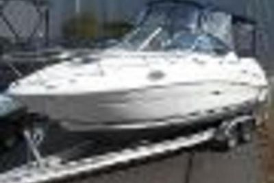 2007 Sea Ray 240 Sundancer w/Trailer