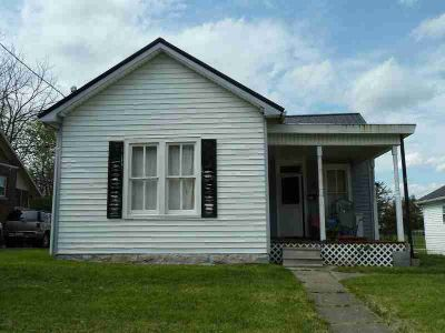 416 W Pleasant Cynthiana Three BR, Large home with huge lot ready