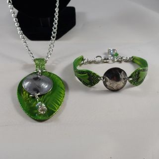 Candy apple green spoon bracelet and necklace