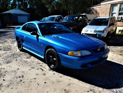 1998 Ford Mustang Base (Blue)
