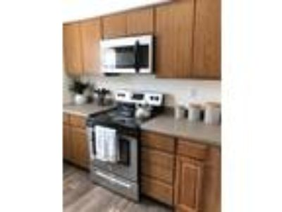 Eagle Pointe Apartments - THE IMPERIAL