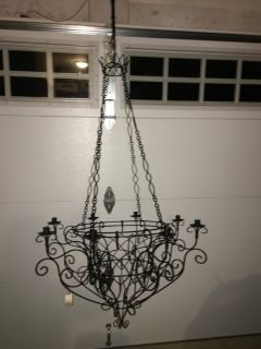 NWT Large Metal Candle Chandelier