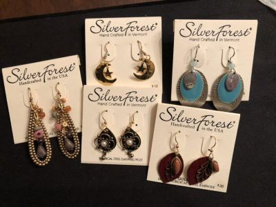 NWT group of surgical steel earrings. Rep samples. Ppu