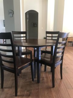 Small Dining table & 4 chairs