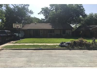3 Bed 2 Bath Preforeclosure Property in Mesquite, TX 75149 - Red Mill Ln