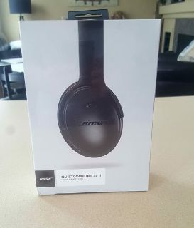 NEW! NEVER OPENED BOSE QUIET COMFORT 35 II NOISE CANCELLING $315.00