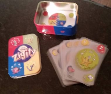 Zigity Card Game - Like new in a tin