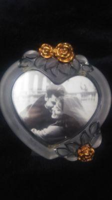 Rare Vintage Picture Frame w/Gold Rose Decoration