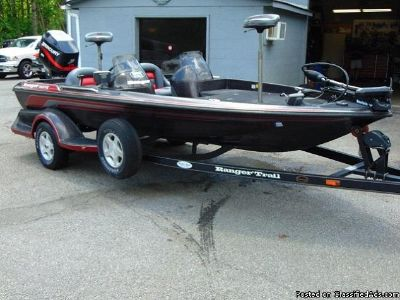 2000 Ranger Bass Boat 462VS