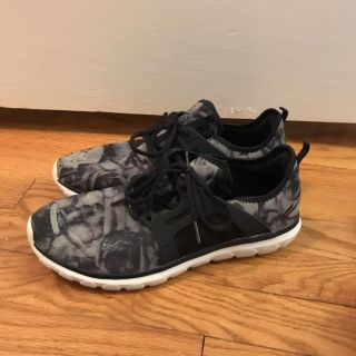 Champion Size 9.5 worn once