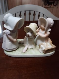 Circle of Friends figurines