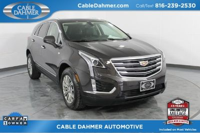 2018 Cadillac XT5 Luxury (Gray)