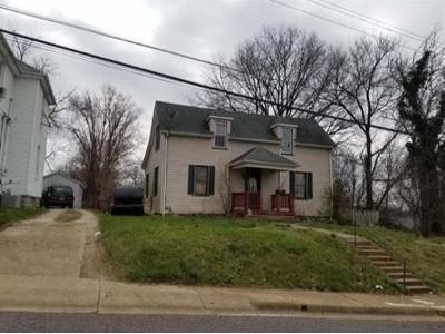 2 Bed 1 Bath Foreclosure Property in Washington, MO 63090 - Locust St