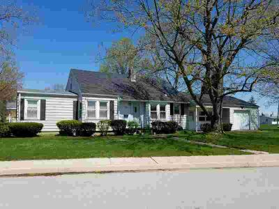 116 W Railroad Street AVILLA Three BR, OPEN HOUSE MAY 11TH from