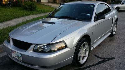 $3,900, MUSTANG   Silver 2002 Ford