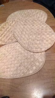 Wicker placemats, set of 4, have some flaws from use