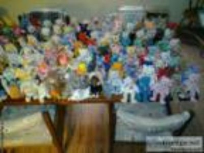 Beanie Baby collection - Price: .